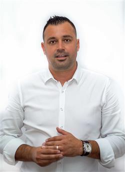 Adrian Bradateanu