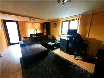 Apartament 3 camere in Vila Complex- Stadion